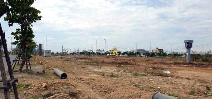 Nhiều dự án vẫn dang dở sau sốt đất.